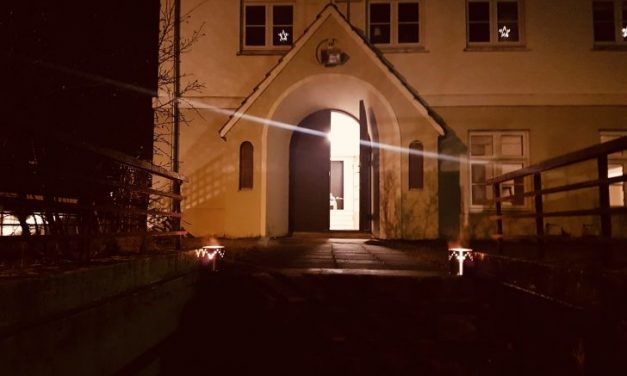 Ferðamaður deyr